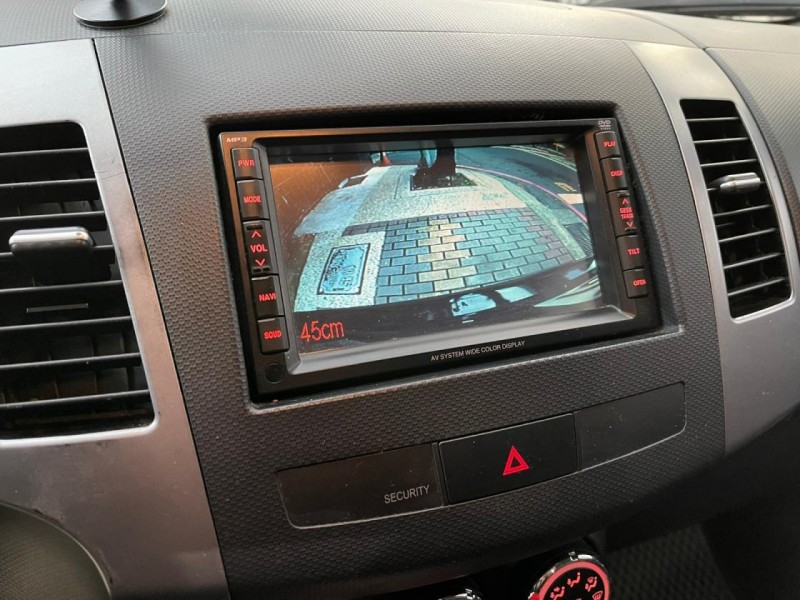 Mitsubishi  Outlander 頂級旗艦版 新車97.9 換檔快播鍵 四條9成新輪胎 4WD 天窗 HID 倒 | 新北市汽車商業同業公會|TACA優良車商聯盟
