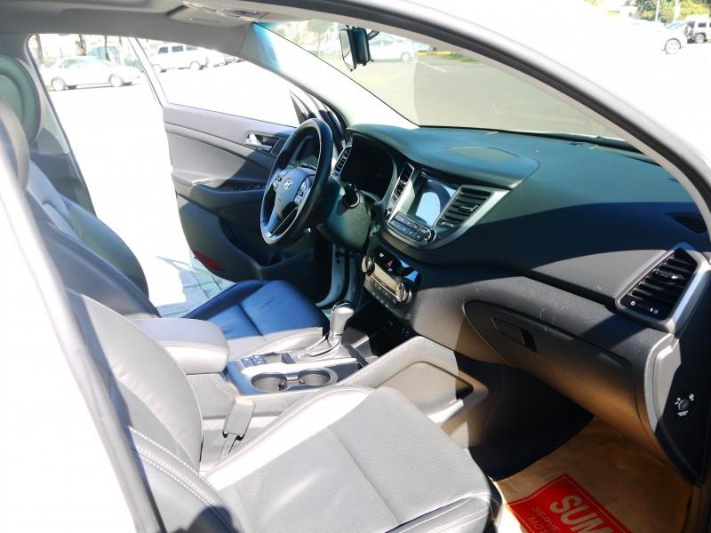 Hyundai  Tucson 認證車 2016年 柴油版 全景天窗 六具安全氣囊 影音 里程保證 TUCSON 2.0 | 新北市汽車商業同業公會|TACA優良車商聯盟