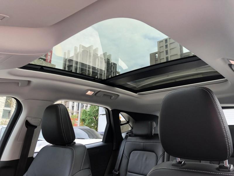 Ford/福特  Kuga 2020 Ford Kuga 1.5 頂級款 一手車 全車原版件 超低里程 熱門休旅車 SUV LV2自動駕駛 實車實價 | 新北市汽車商業同業公會|TACA優良車商聯盟|中古、二手車買車賣車公會認證保固