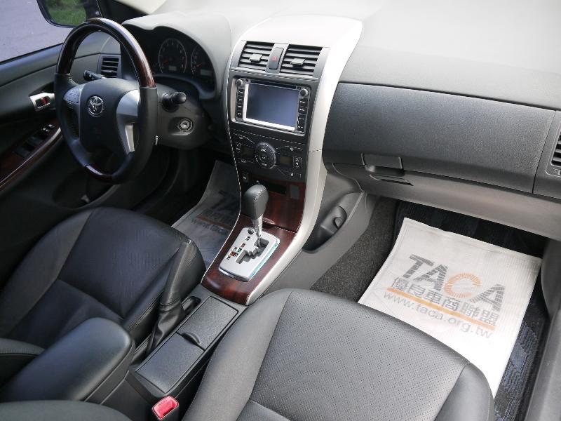 Toyota  Altis 頂級天窗七速手自排.影音.定速.恆溫~ | 新北市汽車商業同業公會|TACA優良車商聯盟|中古、二手車買車賣車公會認證保固